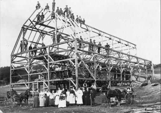 image from http://oldstonehousemuseum.org/barn-raising-this-spring/